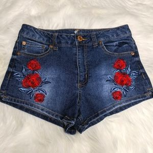Almost Famous Rose Embroidery Blue Jean Shorts 7